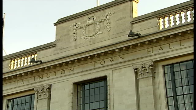 islington town hall and sign - islington stock videos & royalty-free footage