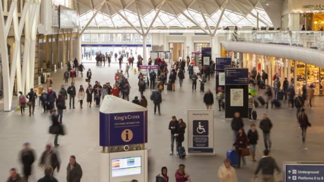 stockvideo's en b-roll-footage met london king's cross railway station. - station london king's cross