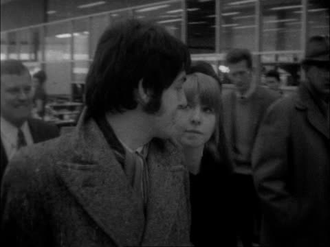 transcendentally 2 england london lap tms paul mccartney and jane asher towards rl to bv cms paul and jane asher past lr with others ms ringo and mrs... - the beatles stock videos & royalty-free footage