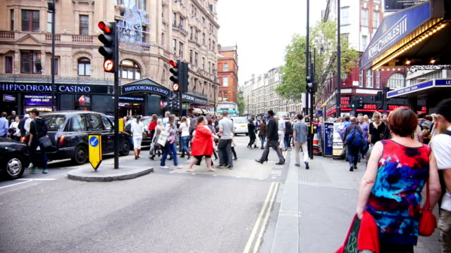 t/l london leicester square and charing cross road - leicester square stock videos & royalty-free footage