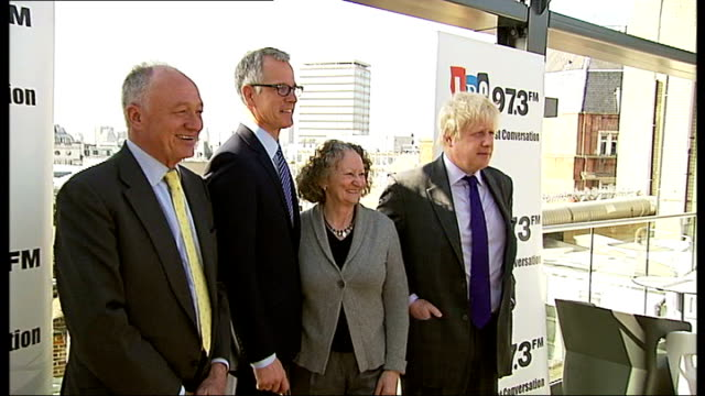 stockvideo's en b-roll-footage met boris johnson ahead of ken livingstone in poll lib / tx lbc radio photographers pan to livingstone paddick jones and johnson posing for photocall... - ken livingstone