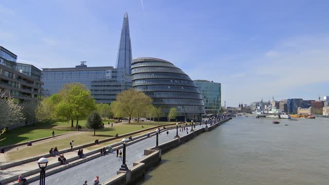 london mayoral election: candidate interviews and city hall general views; england: london: ext wide shot of city hall building on south bank of the... - town hall stock videos & royalty-free footage