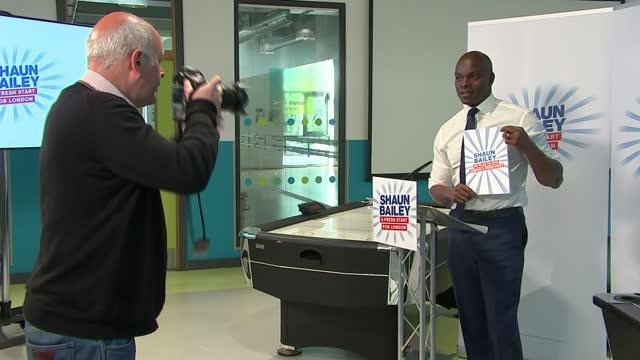 london mayoral election: shaun bailey manifesto launch / sadiq khan billboard photocall and interview; england: london: edgeware: ext various shots... - politics stock-videos und b-roll-filmmaterial