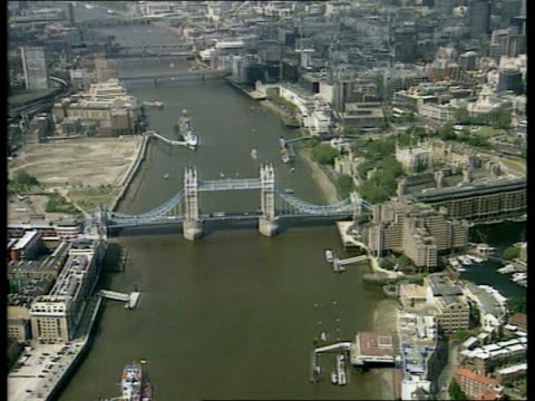 Mayor/Elected assembly LIB ENGLAND London River Thames and Tower Bridge PULL OUT City of London AIR VIEW St Paul's Cathedral