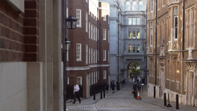 london middle temple lane - temple building stock videos & royalty-free footage
