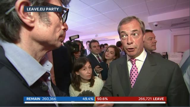millbank photography *** robert peston and nigel farage mep live interview sot it's going to be close who wins this particular battle i don't know... - 国民投票点の映像素材/bロール