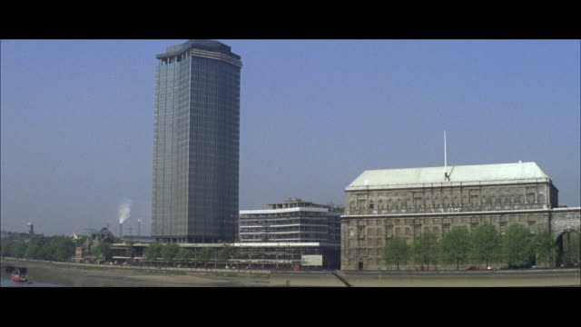 1962 London - New Construction