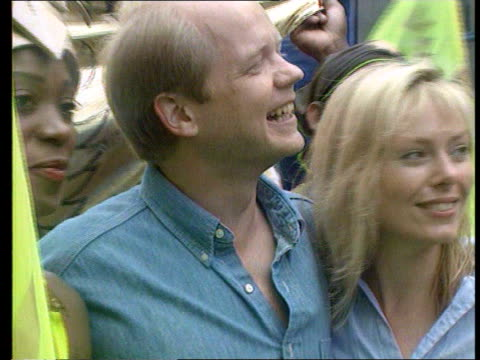 notting hill hague posing with then fiancee ffion at the notting hill carnival pull out - fiancé stock videos & royalty-free footage