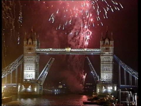 london olympic bid submitted lib millennium fireworks over tower bridge - gebot stock-videos und b-roll-filmmaterial