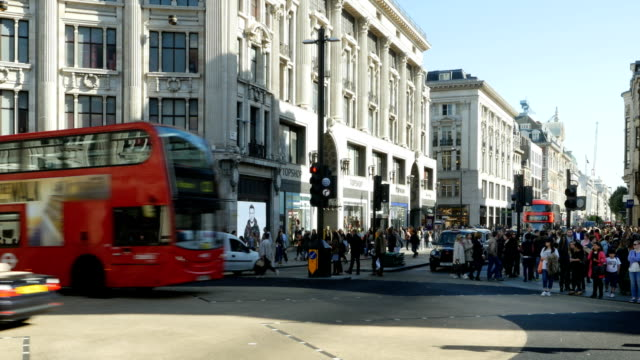 london oxford circus and oxford street - oxford circus stock videos and b-roll footage