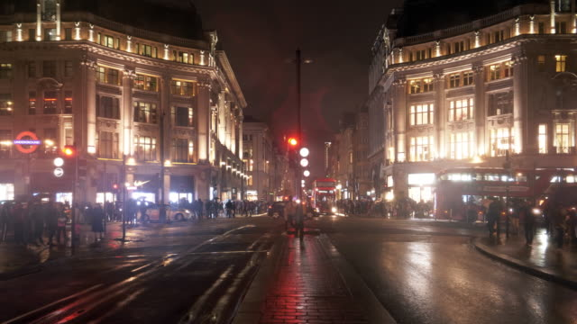london oxford circus at night - road signal stock videos & royalty-free footage