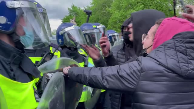 london police intervened in pro-palestinians during the march against israeli ongoing attacks on gaza on saturday. at least 139 palestinians,... - law stock videos & royalty-free footage