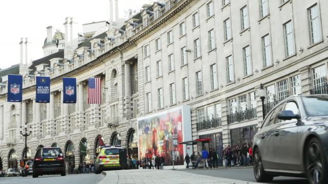 stockvideo's en b-roll-footage met london regent street - plaatselijk monument