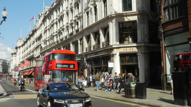 london regent street (uhd) - double decker bus stock videos & royalty-free footage