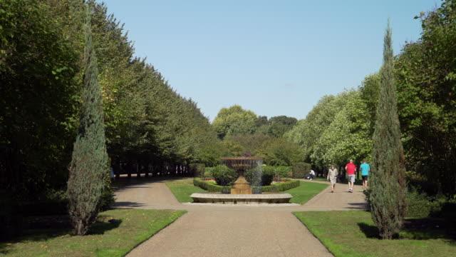 london regent's park avenue gardens - landscaped stock videos & royalty-free footage