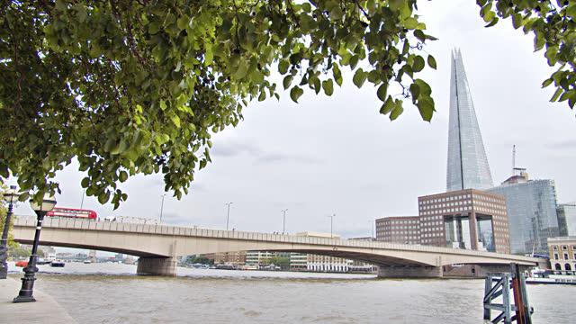 london. riverside. office building - riverbank stock videos & royalty-free footage