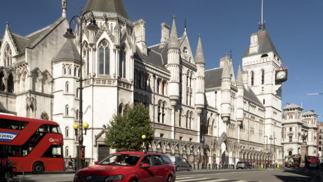 london royal courts of justice in the strand - royal courts of justice stock videos & royalty-free footage
