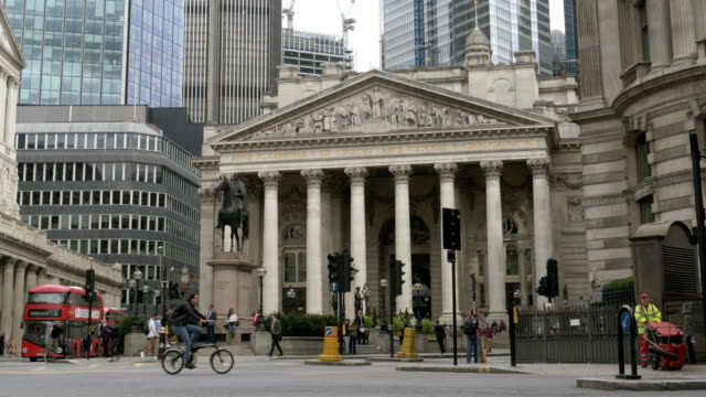 london royal exchange and bank junction - bin stock videos & royalty-free footage