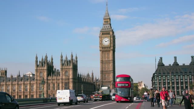 london september wednesday - westminster bridge stock-videos und b-roll-filmmaterial