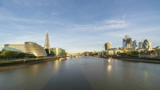 london skyline and the thames river time lapse - wide stock videos & royalty-free footage
