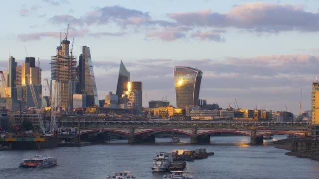 london skyline from waterloo bridge - panoramic stock videos & royalty-free footage