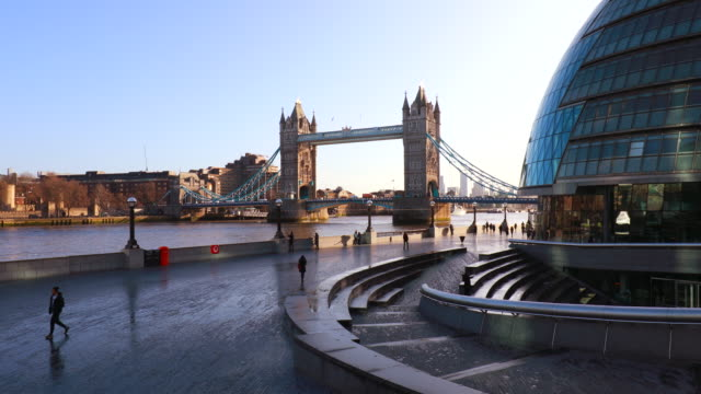 london skyline with tower bridge and city hall, pan l - new stock videos & royalty-free footage