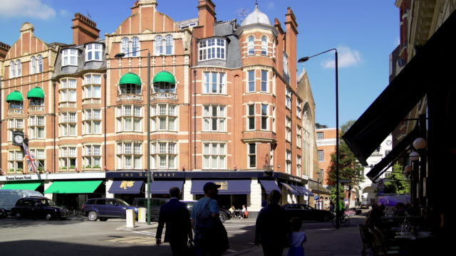 london sloane square - kensington and chelsea stock videos & royalty-free footage