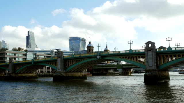 pov london southwark bridge and cannon street railway bridge - boat point of view stock videos & royalty-free footage