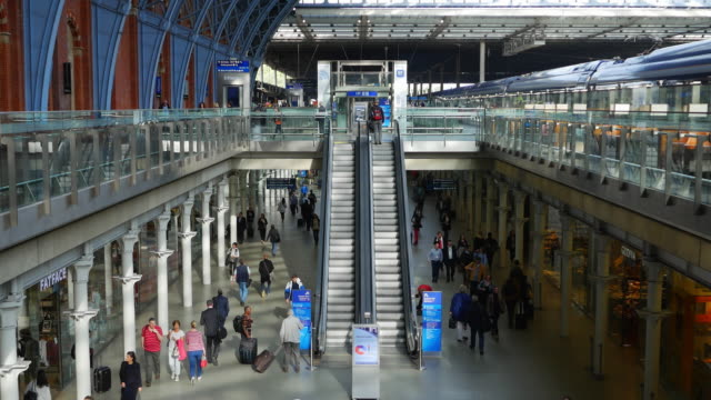 London St Pancras Railway Station (UHD)