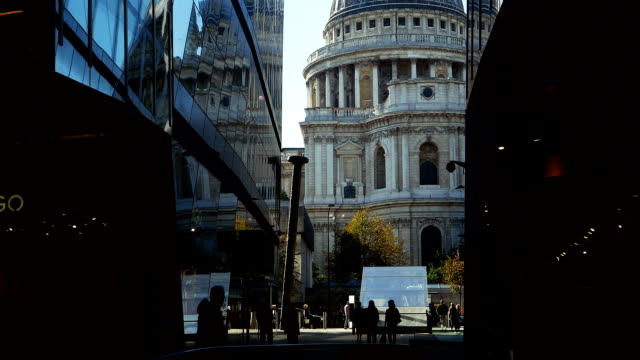 pov london st. paul's cathedral viewed from escalator - st. paul's cathedral london stock videos & royalty-free footage