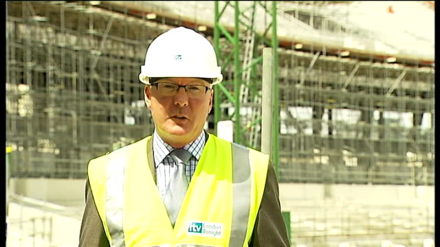 london stratford olympic park ext boris johnson and lord coe standing next to each other during tour of the olympic stadium under construction tom... - ロンドン オリンピックパーク点の映像素材/bロール