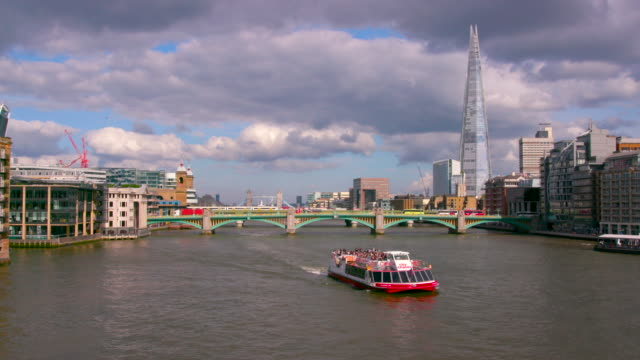 london street scenes - river thames stock videos & royalty-free footage