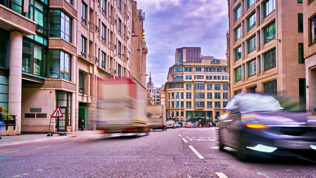 london street. traffic. office building. residential house - traffic time lapse stock videos & royalty-free footage
