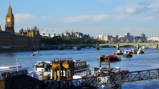 ロンドン テムズ川と議会 cinemagraph の家 - ウェストミンスター宮殿点の映像素材/bロール