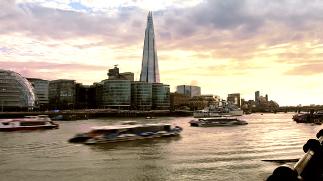 london, thames river - river thames stock videos & royalty-free footage