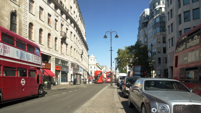 london the strand road to the east near charing cross - queuing stock videos & royalty-free footage
