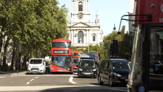 london the strand road to the east - double decker bus stock videos & royalty-free footage