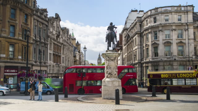 london, time lapse at trafalgar square - double decker bus stock videos and b-roll footage