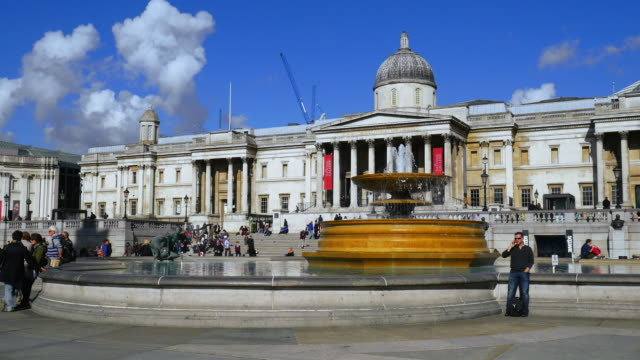 London Trafalgar Square And National Gallery (UHD)