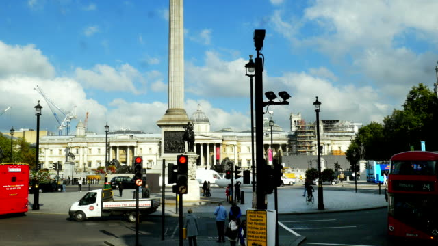 POV London Trafalgar Square (4K/UHD to HD)