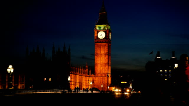 london, traffic on westminster bridge - big ben stock videos & royalty-free footage