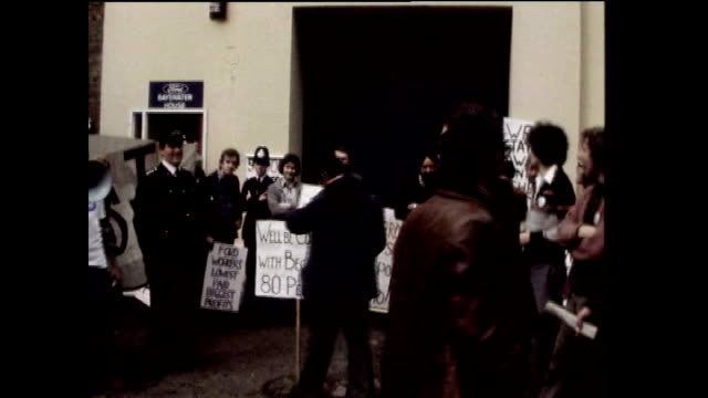 london underground strike; 1978 essex: dagenham: ext ford workers voting for industrial action rubbish piled up in street - strike industrial action stock videos & royalty-free footage