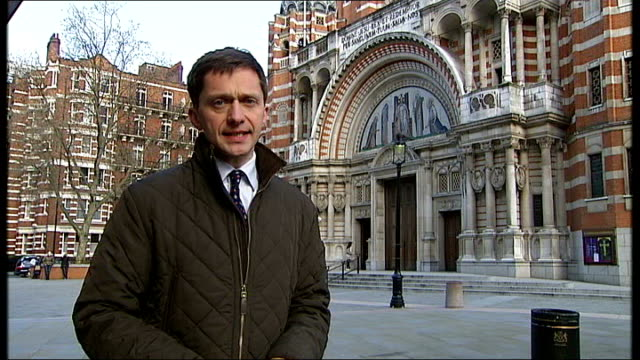 victoria: westminster cathedral: reporter to camera - westminster cathedral stock videos & royalty-free footage