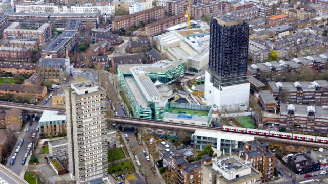 vídeos de stock e filmes b-roll de london views from a helicopter. - kensington e chelsea
