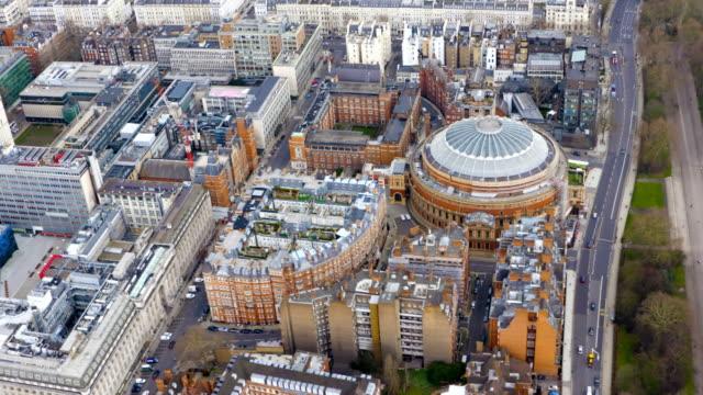 vídeos de stock, filmes e b-roll de london views from a helicopter. - royal albert hall