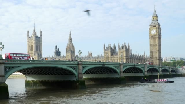 london westminster bridge and houses of parliament - river thames stock videos & royalty-free footage