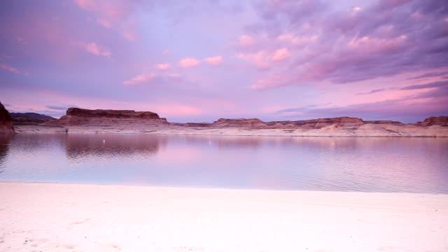 lone rock beach at dusk in big water utah - lake powell stock videos & royalty-free footage
