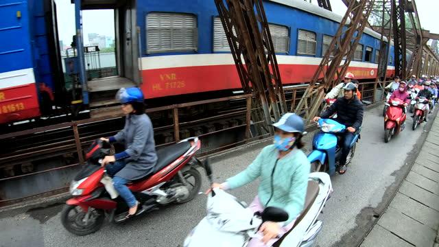 long bien rail road bridge hanoi north vietnam - bridge built structure stock videos & royalty-free footage
