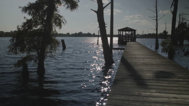 stockvideo's en b-roll-footage met long dock with gazebo - gazebo