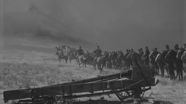 WS PAN Long line of cavalry